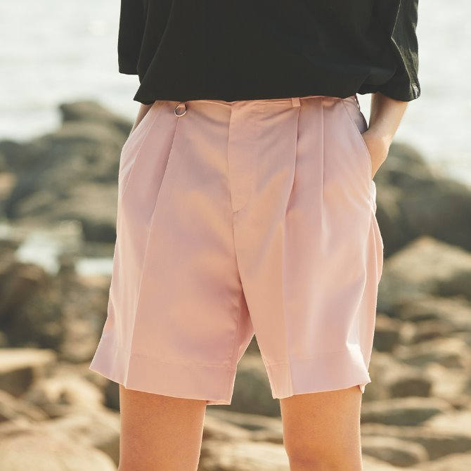 UNISEX TWO TUK WIDE SHORT PANTS LIGHT PINK
